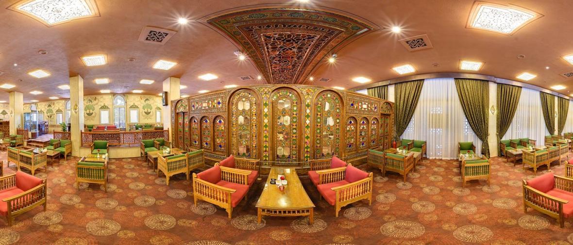 رستوران چهل ستون اصفهان Restaurant Chehelsotoon