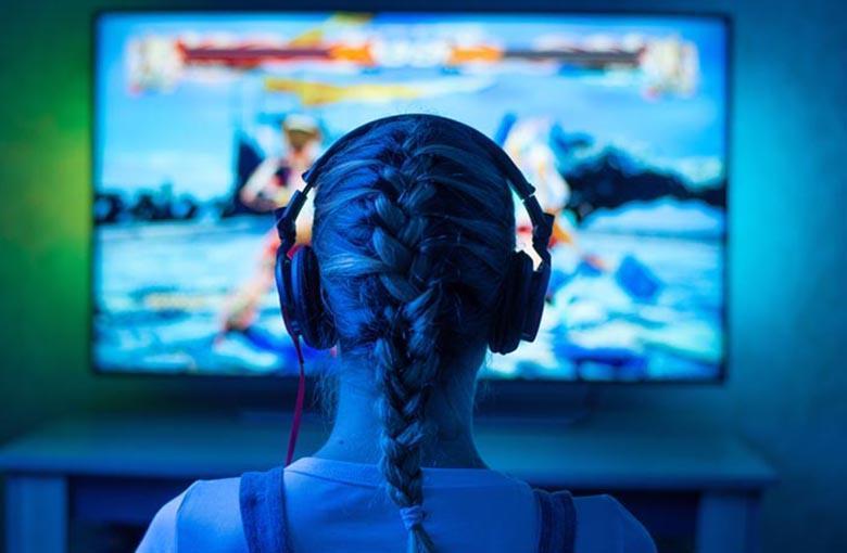 بازی های ویدیوئی خشونت آمیز به افراد حس جنگجوی برتر را می دهند، طوری که حتی از هیچ درگیری فیزیکی نمی ترسند