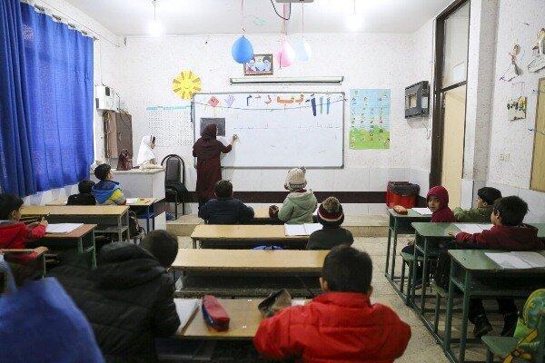 دانش آموزان ابتدایی فقط 2 روز در هفته مدرسه می فرایند
