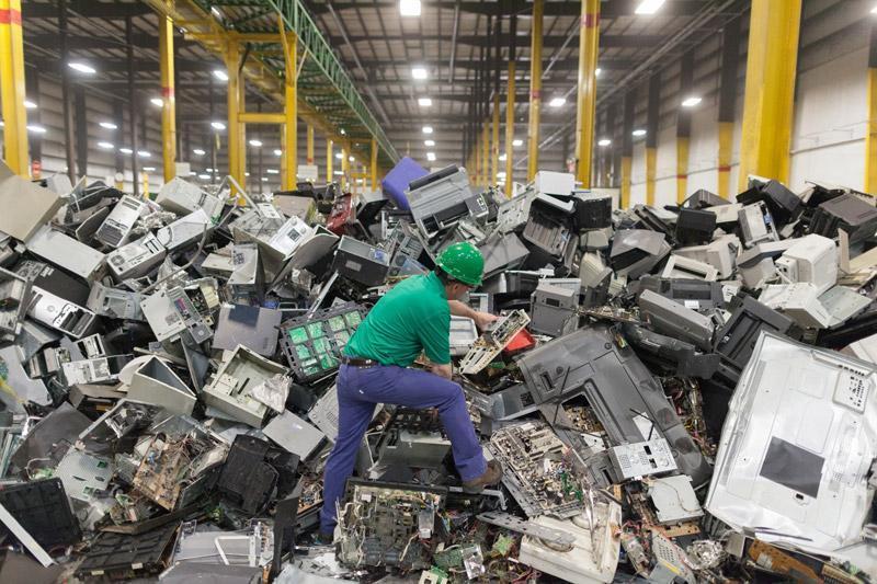 گوگل و بازیافت زباله های الکترونیک